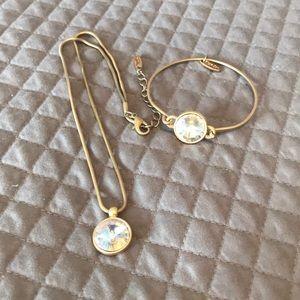 Plunder Gold & Lg Rhinestone Necklace & Bracelet